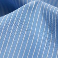 Tecido Tricoline Fio 70 - Anit 43  - Listras  - Branco com fundo Azul Claro